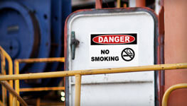 Smoking Signs & Labels